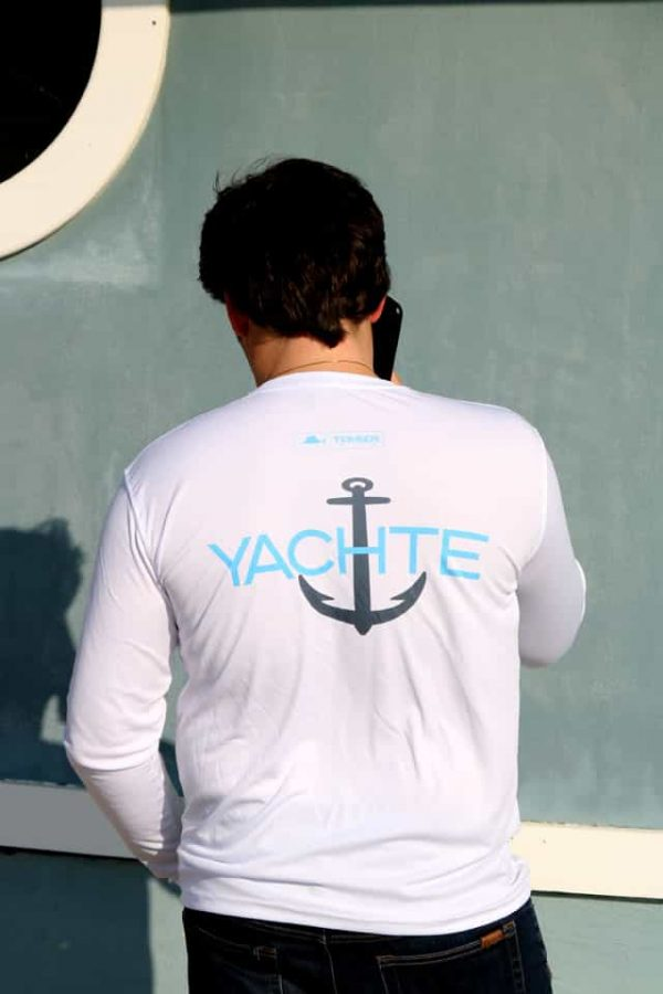 lightweight comfortable moisture wicking boating shirt